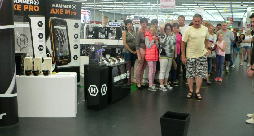 Media Markt Gdynia żegna lato z HAMMEREM